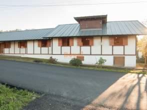Casa en venta en Valadares