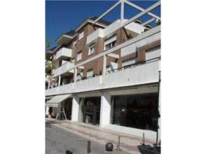 Apartamento en alquiler en Vía Vía de Las Dos Castillas, nº 9, Zona Avenida de Europa (Pozuelo de Alarcón) por 740 € /mes