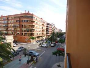 Piso en venta en calle Paseo del Saladar, Dénia por 99.000 €