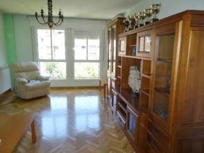 Alquiler de pisos en orcasitas distrito usera madrid capital casas y pisos - Alquiler de pisos para estudiantes en madrid capital ...