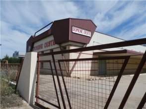 Nave industrial en alquiler en Tierra de Barros - Almendralejo