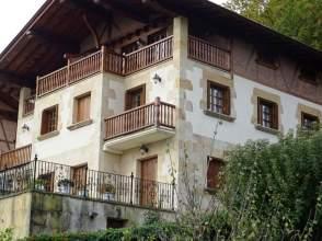 Casa adosada en venta en calle Santa Barbara