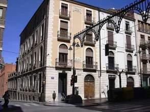 Local comercial en alquiler en calle Pais Valencia, nº 52