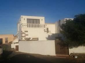 Casa en venta en calle La Hoya, nº 6
