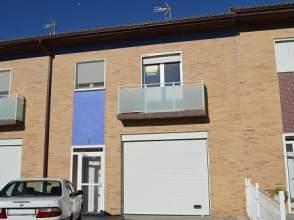Casa adosada en alquiler en calle Maraiga, nº 7
