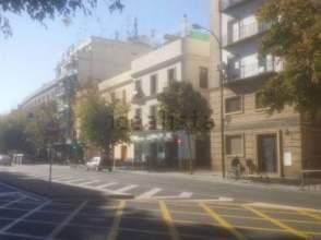 Almacenes en san bartolom juder a distrito casco antiguo for Oficina pelayo sevilla