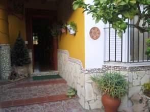 Casa adosada en venta en Este (Delicias)