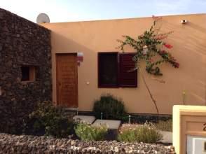Chalet en alquiler en Corralejo