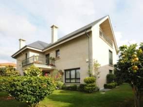 Casa en venta en Oleiros