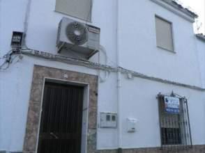 Casa adosada en venta en Valdepeñas de Jaén