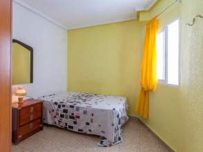 Habitación en alquiler en calle Padre Santonja, nº 2