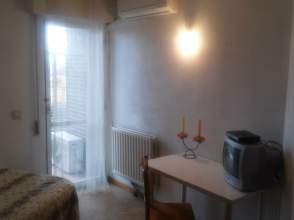 Habitación en alquiler en Plaza Moro Almanzor, nº 12