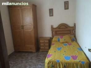 Habitación en alquiler en Paseo San Gregorio, nº 5