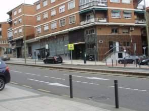 Piso en venta en Avenida General Villalba