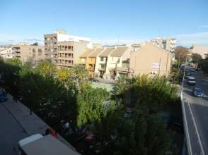 Piso en alquiler en Avenida Cortes Valencianas, nº 37