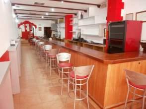 Local comercial en alquiler en Vía Cafe Bar calle Gomez Becerra