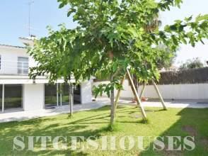 Casa adosada en alquiler en calle Manuel de Falla