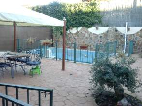 Chalet pareado en alquiler en Zona Residencial