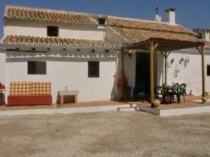 Casa rústica en alquiler en calle Carvajales