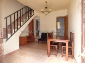 Casa adosada en venta en Zona Antigua