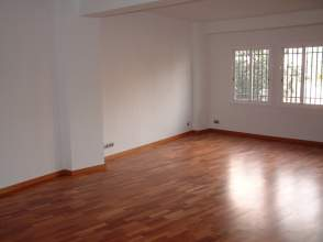 Loft en alquiler en Avenida Madrid, nº 118