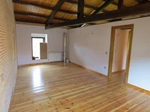 Casa unifamiliar en venta en calle Real, nº 25