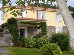 Casa rústica en venta en calle Nebril - Santalla