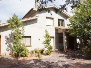 Casa rústica en alquiler en Avenida Josep Carreras, nº 12