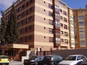 Apartamento en alquiler en calle Nanclares de Oca