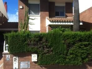 Casa adosada en alquiler en Avenida Castell de Almansa