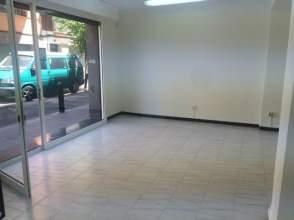 Local comercial en alquiler en Plaza Campfasso, nº 1