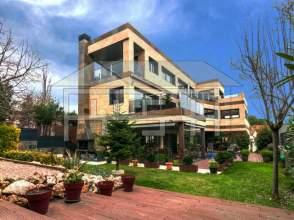 Casa unifamiliar en alquiler en calle Acalde Ramon Escayola, nº 26