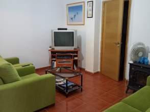 Casa pareada en alquiler en Carretera Piñeiro