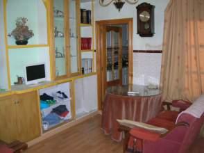 Casa pareada en venta en calle Villanueva de La Serena