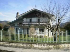 Casa en venta en calle Santamaria