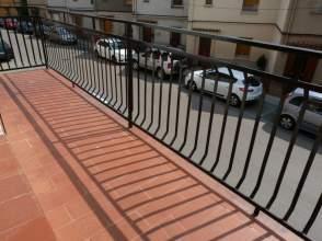 Piso en alquiler en calle Canigó