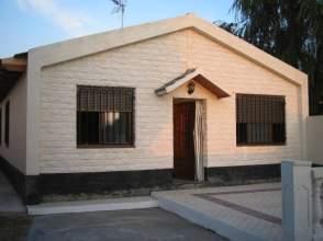 Chalet unifamiliar en venta en calle El Carcao, nº 8