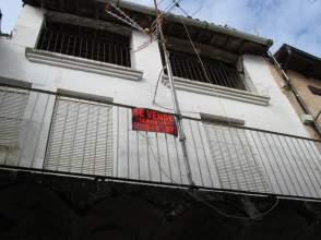 Casa adosada en venta en calle Oscura, nº 5