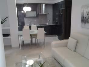 Piso en alquiler en calle Alcalà Galiano, nº 2, Ribeira (Santa Uxia) (Ribeira) por 350 € /mes