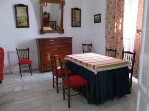 Casa unifamiliar en alquiler en calle Lastorres, nº 20