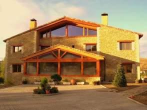 Casa rústica en venta en calle La Viliella, nº 8, Colle (Boñar) por 690.000 €