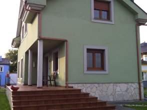 Casa unifamiliar en venta en calle El Crucero, nº S/N, Barres (Castropol) por 223.000 €