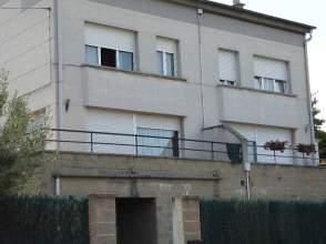 Casa adosada en alquiler en Avenida Canigo, nº 17