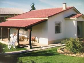Casa unifamiliar en venta en Carretera Villanuño, nº 67