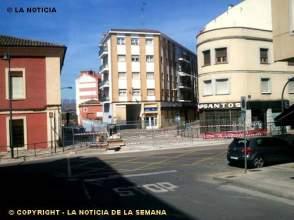 Piso en venta en calle Miguel de Cervantes, nº 3 1º