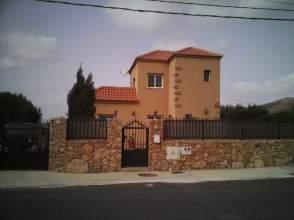 Casa en venta en Avenida Manuel Velasquez , nº 26