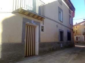Casa adosada en venta en calle Horno, nº 18