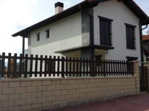 Casa unifamiliar en venta en calle Sasita, nº 3