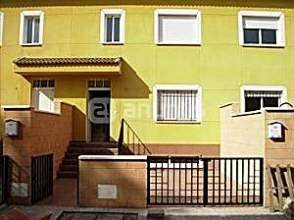 Casa adosada en venta en Pozuelo de Calatrava