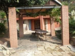 Casa en alquiler en Urb.  Vall de Montserrat